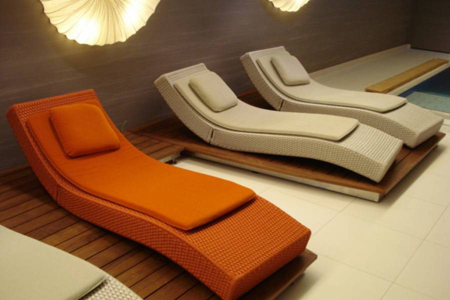 Sunbeds at Strandhotel am Weissensee